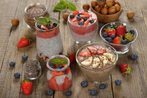 Vegan desserts with chia seeds, flax and fresh berries